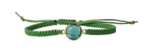macramé armbånd med link i facetteret krystal - Til dette armbånd er der brugt følgende materialer:  2,6m polyestersnor i lys grøn 0,9mm 1 stk. mellemled i glas, turkis blå 16x11mm 2 stk. forgyldt wireklemme + lighter