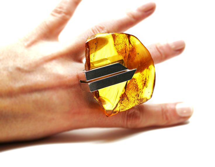 E. Salwierz Design Baltic Amber Sterling Silver Ring no.412A by APPUSSTUDIOJEWELLERY on Etsy