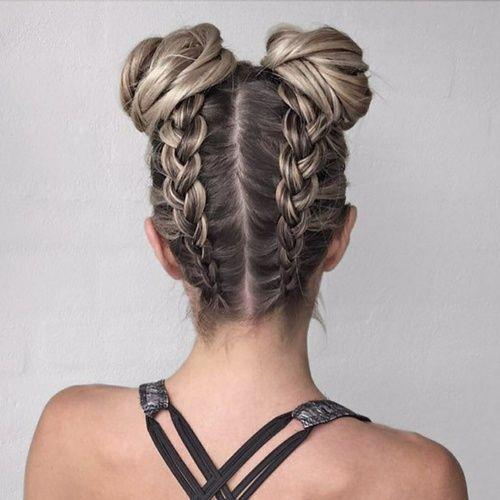 Les tags les plus populaires pour cette image incluent : hair, braid, hairstyle, blonde et bun