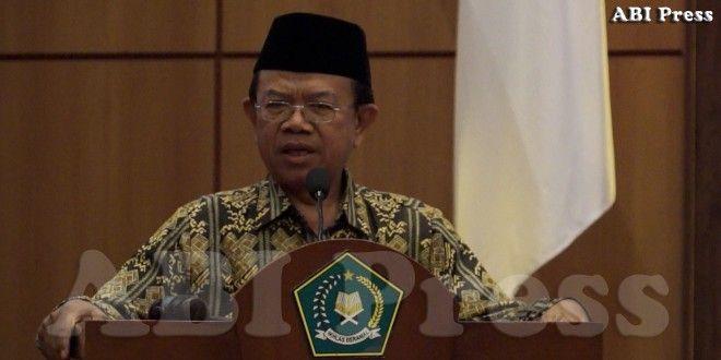 "Prof.Dr. Machasin MA, ""Sunni dan Syiah dalam Islam adalah akibat dari proses Sejarah dan Politik, maka dari itu kita semua harus belajar dari sejarah tersebut."""