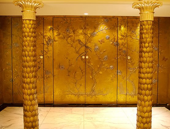 Chinoiserie doors and panels in the Grand Ballroom of the Dorchester Hotel in London by Metall-FX. & 91 best Interior - handle u0026 door images on Pinterest | Windows ...