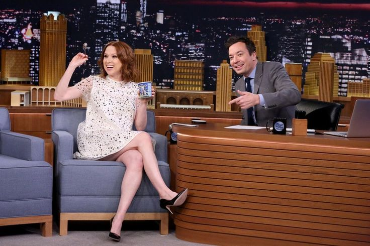 Ellie Kemper Gushes About Being Pregnant & It's Clear She'll Be The Most Fun Mom — VIDEO
