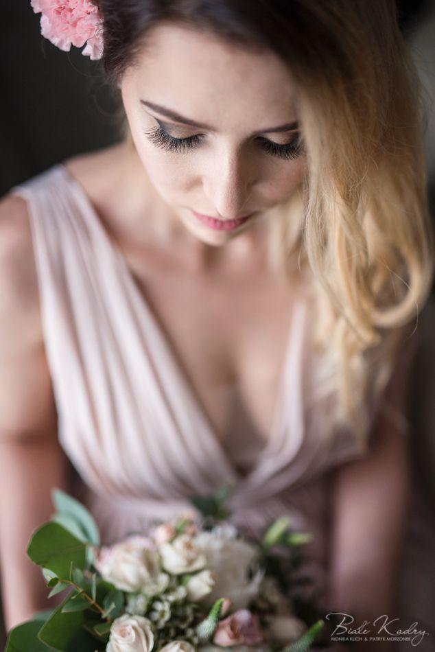 Fotografia ślubna Kraków Białe Kadry www.BialeKadry.pl   #zdjęciaślubne #fotografiaślubna #ślub #wesele #ślubnagłowie #kraków #małopolska #fotografślubny #fotograf #fotografslubny #fotografiaslubna #pannamloda #panmlody #paramłoda #ślubnedetale #sukniaślubna