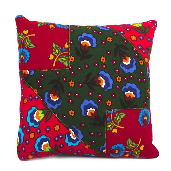 Gagva Pazen Kare Geometrik Desenli Yastık : 24,90 TL | evmanya.com