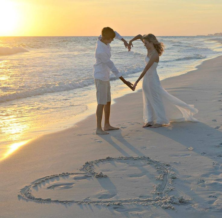 small beach wedding ceremony ideas%0A Florida weddings are moments to behold  Begin planning the beach wedding of  your dreams  From Destin Beach to Ft  Walton  we have the most beautiful  beaches