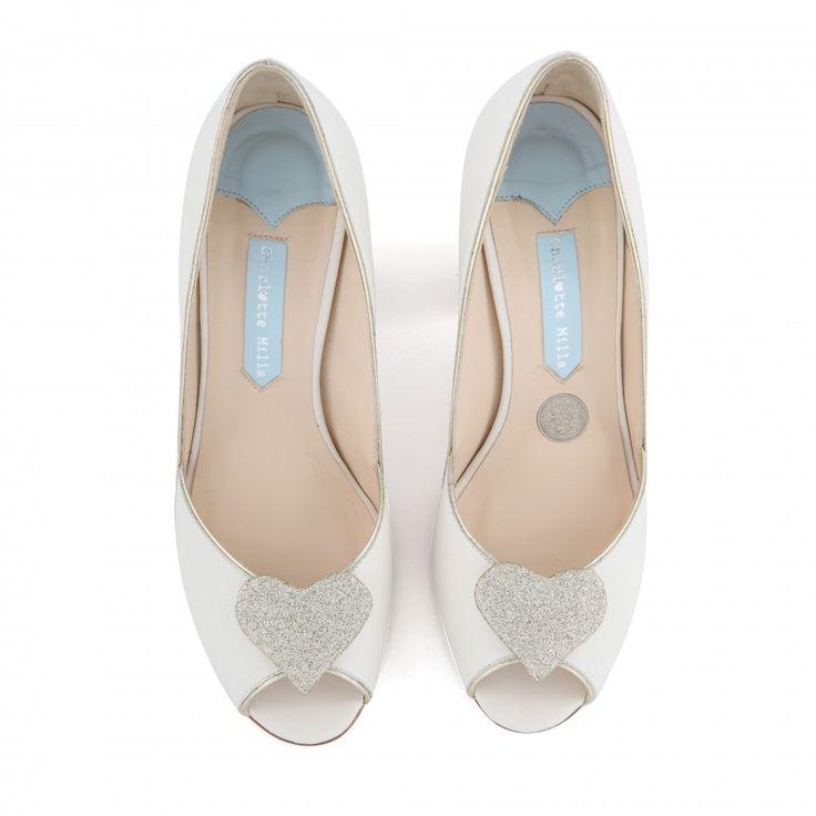 Zapatos de Novia Peep Toe con tacón block modelo Andrea Gold de Charlotte Mills ➡️ #LosZapatosdetuBoda #Boda