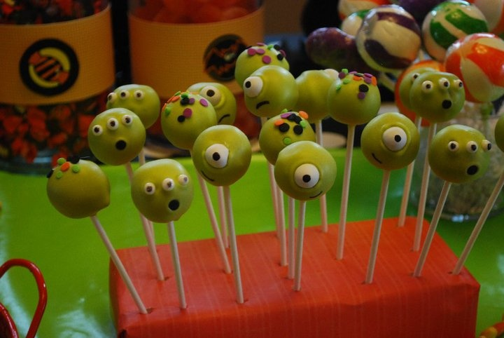 Halloween Cake Pop Decorating Ideas : 1000+ images about Halloween Party Fun on Pinterest ...