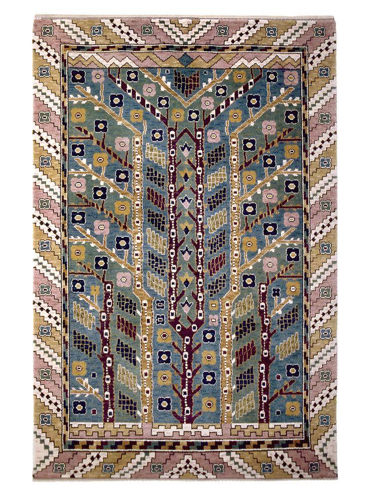 ALMARNA Designed by Märta Måås-Fjetterström in 1930 #MMF #MärtaMååsFjetterström #MartaMaas #Handwoven #Handmade #Knotted #Pile #Rug #Rugs #SwedishCarpets #SwedishDesign