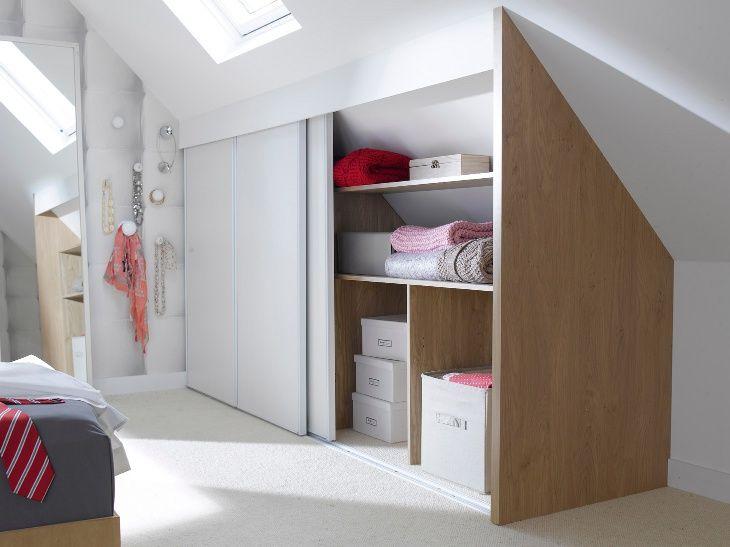 Une chambre mansard e transform e en dressing 2 chambre for Decoration chambre mansardee