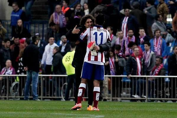 Guillermo Ochoa (Malaga) y Raul Jimenez (Atletico de Madrid). Siempre Americanistas.
