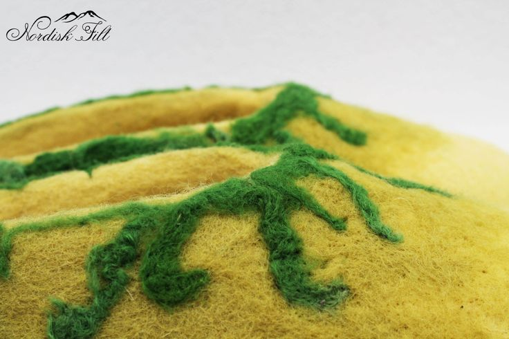 Felted wool slippers-Home shoes-green by NordiskFilt on Etsy