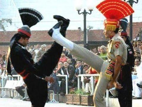 India vs Pakistan    Special Beating Retreat Ceremony held at Wagah Border - YouTube