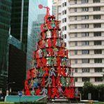 David Gerstein Momentum Central Business District SingaporePublicArtinSingapore davidgerstein centralbusinessdistrict centralbusinessdistrictsingapore momentum singapore publicart urbanart streetart art atart photogenic