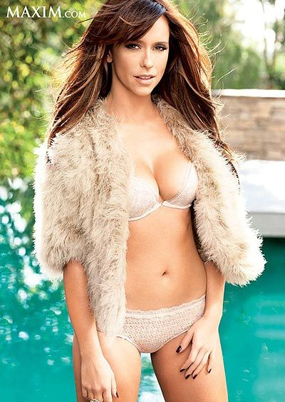 Jennifer Love Hewitt Shares The Steamy Details Of Her New Show & Talks About Her Two Favorite Body Parts In The April Maxim - Starpulse.com #starpulse
