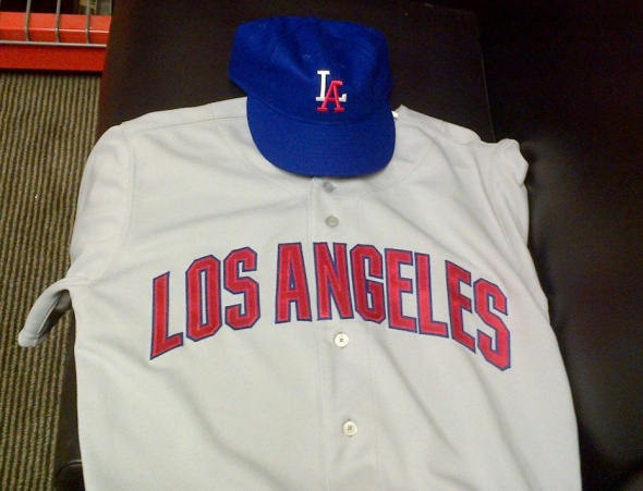 los angeles angels throwback jerseys from the