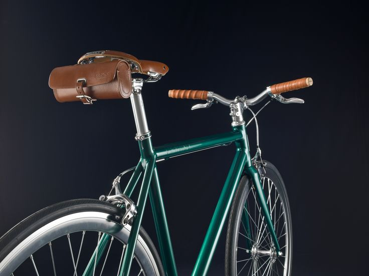 """Verona"" model in British racing green coloration with leather saddle and grips  Stylish Italian handmade bicycles"