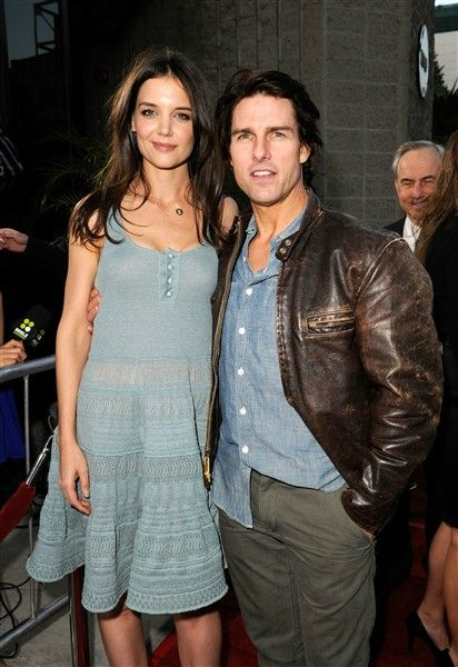 Katie Holmes and Tom Cruise/ They were married when I first pinned this...all gone now.