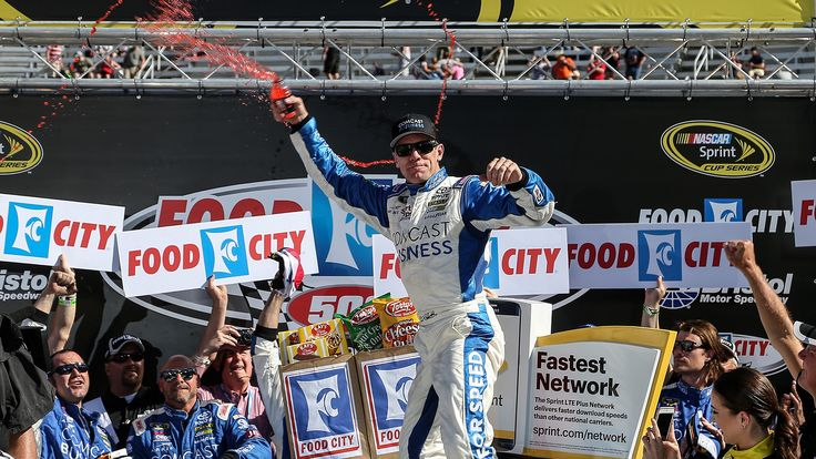 Food City 500: Bringing the thunder at Bristol : Food City 500: Bringing the thunder at Bristol