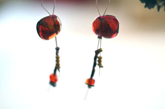 Orecchini pendenti in vetro rosso e  925 argento
