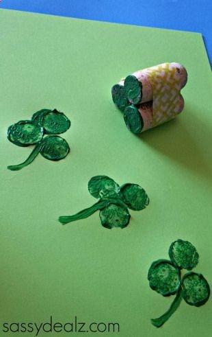 Easy St. Patricks Day Crafts For Kids - Sassy Dealz