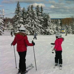 """Blue Mountain Skiing 18"""" Fresh Snow"""