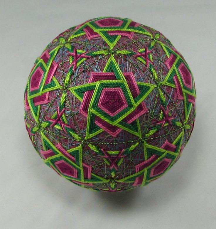 https://flic.kr/p/Ggyp4M   Pink and Green Anew   38cm. circum. 4.68'' diam. C 10 32 centers, interwoven stars.