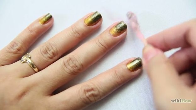 Awesome How to Do Ombre Nails ( Thanks To Wikihow ) http://www.designsnext.com/?p=31101