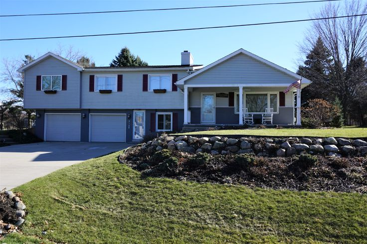 Dewitt MI House For Sale Sell Home RE/MAX Dewitt Realtor, Dawn Brewster. Schedule a Realty Tour? Text or Call Me 517-881-4061 Find Real Estate in 1109 South Geneva Clinton County Michigan. Contact Lansing Realtors Today!
