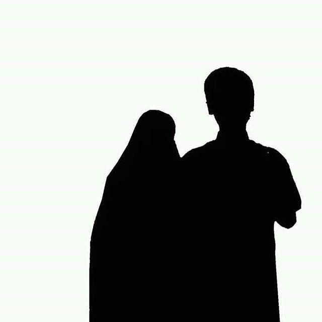 Majelis Tausiyah Cinta: NIKAH MUDA ========== Secara medis ternyata pernikahan usia MUDA (sudah akil baligh) sangat dianjurkan karena bisa menghindari bahaya DEPRESI bagi kaum wanita tatkala memiliki anak.. . Peningkatan 5x risiko depresi akan dihadapi oleh wanita usia kalangan tua dibandingkan oleh kalangan usia muda.. . Hmm... jadi teringat sabda Rasulullah Shallallahu Alaihi Wasallam yang menganjurkan kita untuk segera menikah.. . Wahai generasi muda! Bila di antaramu sudah mampu menikah…