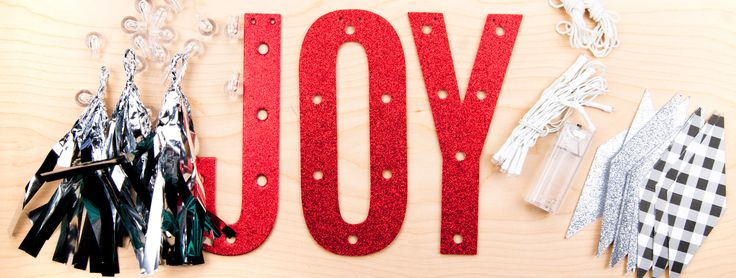 Learn 15 creative ways to embellish and decorate DIY Christmas ornaments. From ribbon to paint, glitter and fake snow - the possibilities are endless!