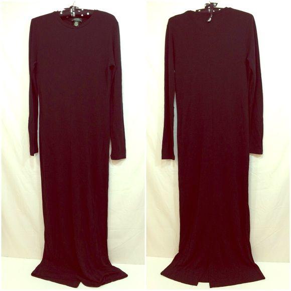 Lauren Ralph Lauren long sleeve black maxi dress Long sleeve black maxi dress with back slit. Rayon/polyester blend. Ralph Lauren Dresses Maxi