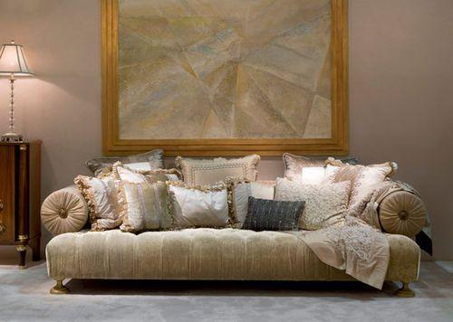 Classic Style Sofa PR2831 RICHARD PROVASI
