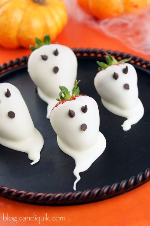 16 Halloween Treats That Are Delightful And Gross All At Once. - http://www.lifebuzz.com/halloween-treats/