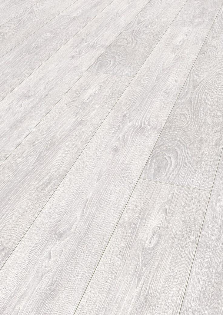 Laminat Capitol Oak light grey fra Mammut-serien er en NYHET med fantastisk flott og naturtro overflate. Den er langt hvitere enn tidligere design, og har en matt og strukturert overflate som er mer ekte enn orginalen.
