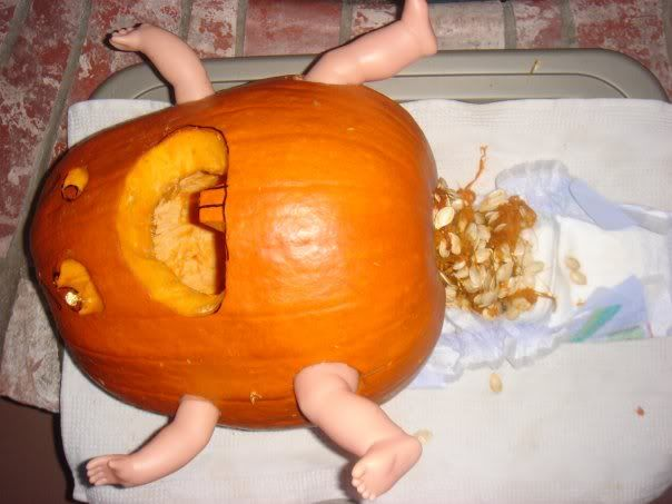10 halloween pumpkins who went and got themselves pregnant - Funniest Halloween Pictures