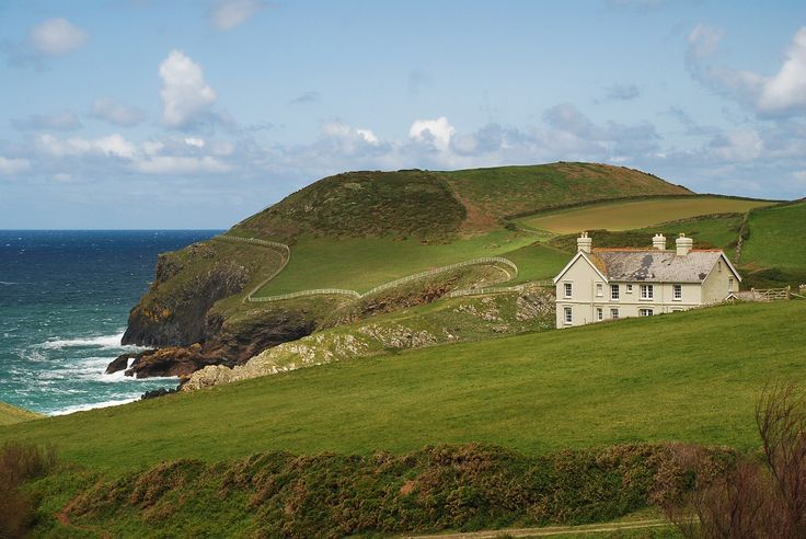 At Doyden House on the north Cornwall coast you'll find four holiday apartments, that all have panoramic views of the rugged landscape in the area.
