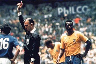 Pelé with Brazil Mexico 1970 Final v Italy