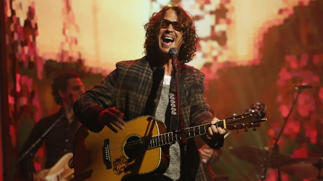 """Cameron Crowe remembers Chris Cornell on 25th anniversary of """"Singles"""" 