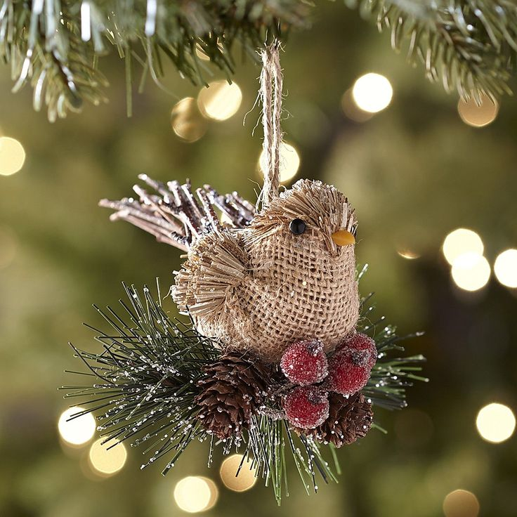 This adorable Natural Burlap Bird Ornament looks right at home in your Christmas tree. #ornaments
