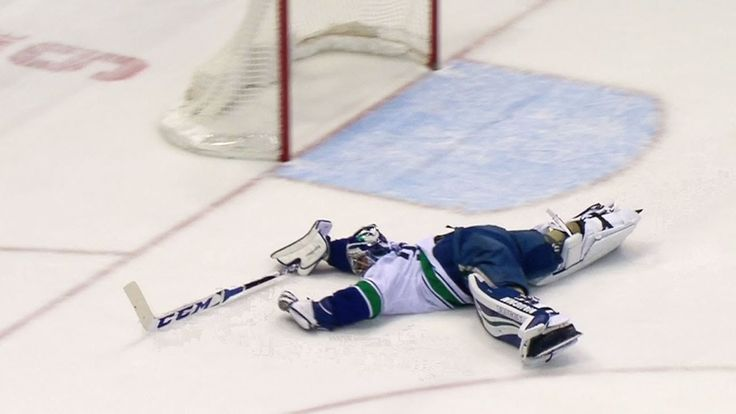 One Of The Best Saves In Hockey History