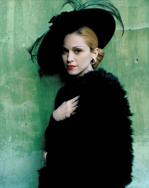 adreciclarte:  Madonna by Mario Testino