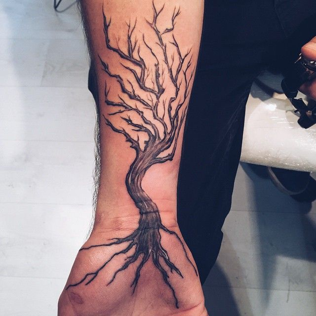 what does a dead tree tattoo mean