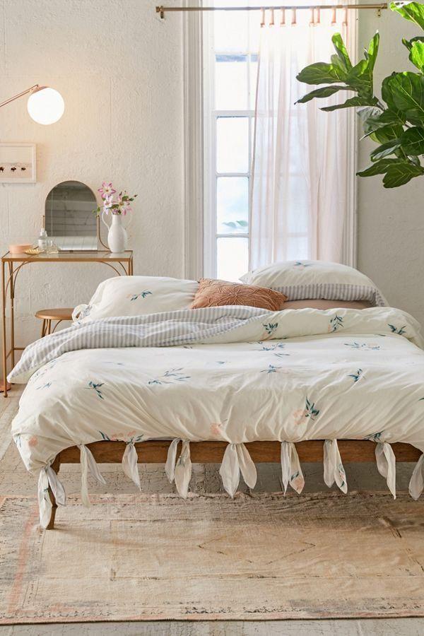 Meg Floral Knot Duvet Cover Interior Design Bedroom Airy Bedroom Bedroom Design