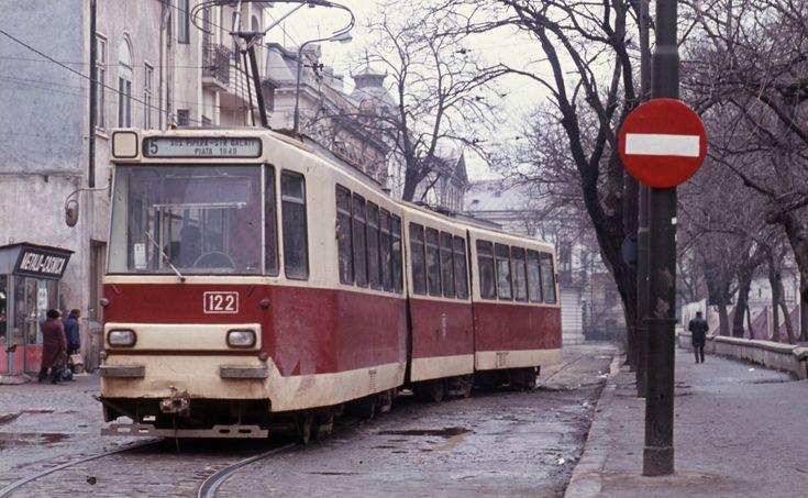 Bucurestiul anului 1986 intr-o serie de imagini inedite | La zi pe Metropotam