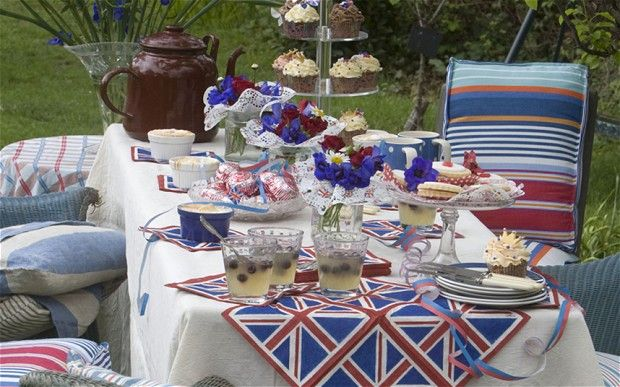 Queen's Diamond Jubilee: Entertaining guide. Photo by Martin Pope.
