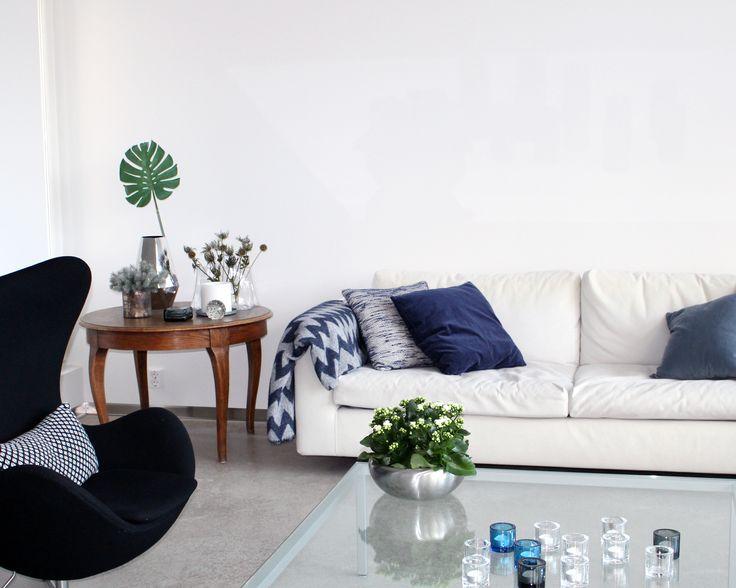 Egg armchair in the livingroom