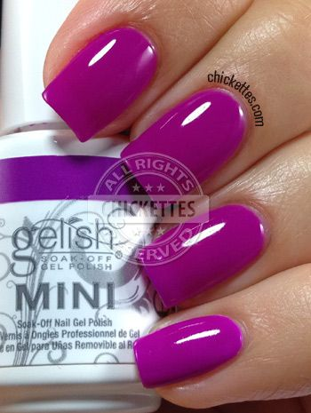 Chickettes.com Gelish Tahiti Hottie from the Gelish Colors of Paradise Collection #Gelish #gelpolish