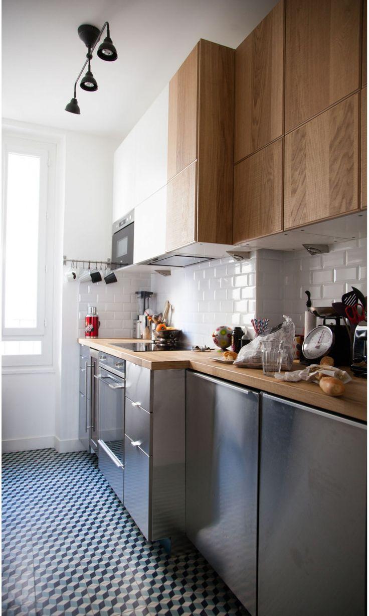 Mélange de design et rétro dans la cuisine.