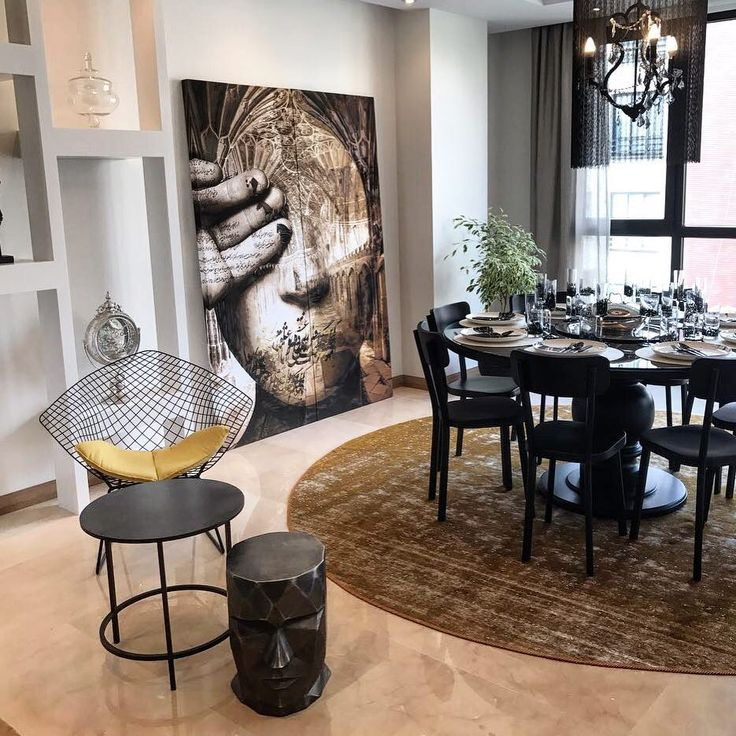 Strong Use Of Colour Is Not For The Faint Hearted But A Great Way To Create Dramatic Dining Experience Be Daring With On Both Walls And