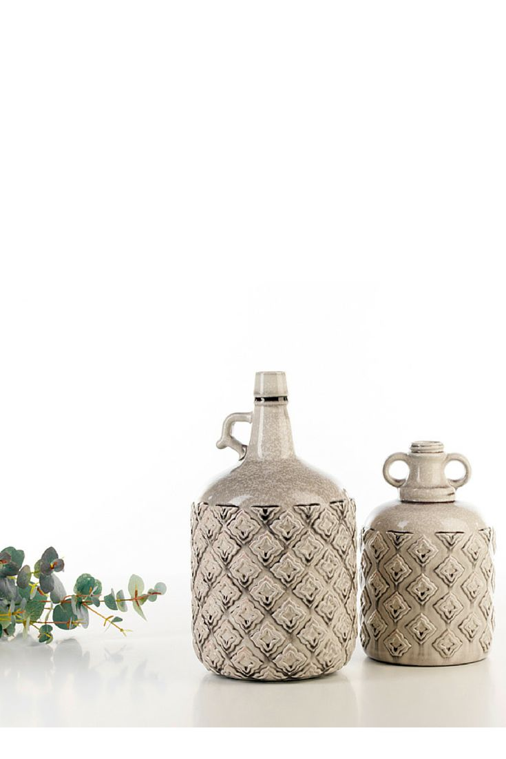 Tradition Pot #ceramics #homelivingceramics #bigbottle #bottle #grey #homeaccessories #interiordesign | www.arfaigm.com